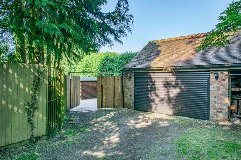 4 bed house for sale in Woodrow Lane  - Property Image 19