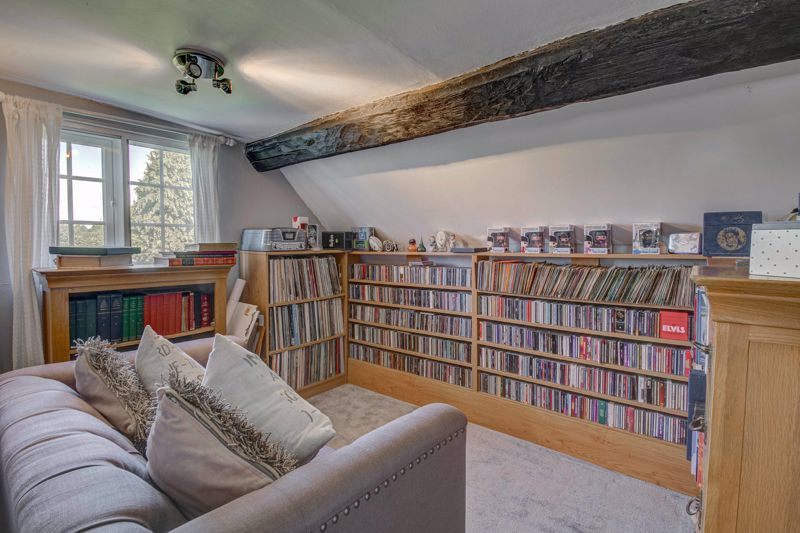 4 bed house for sale in Woodrow Lane 10