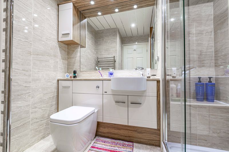 2 bed house for sale in Hoosen Close 16