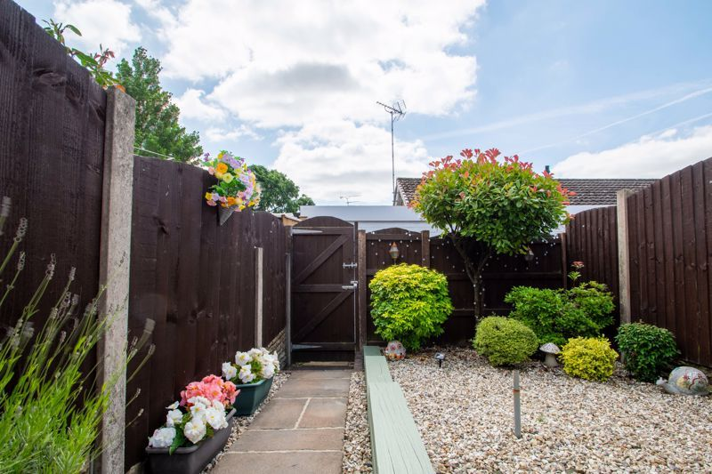 2 bed house for sale in Hoosen Close 18