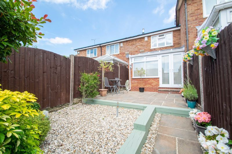 2 bed house for sale in Hoosen Close 19