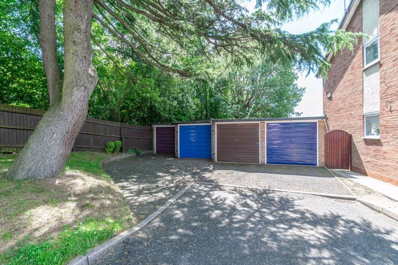 2 bed house for sale in Hoosen Close 20