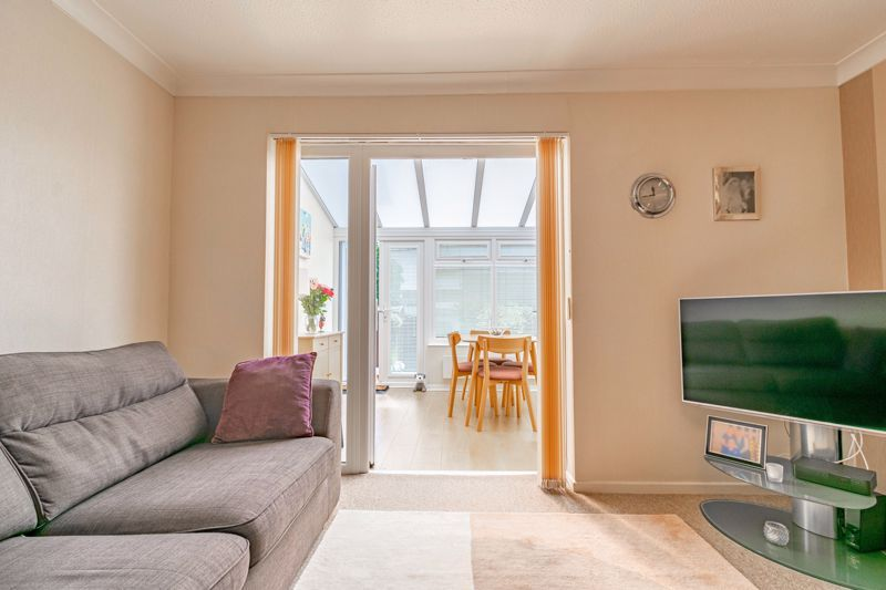 2 bed house for sale in Hoosen Close 5