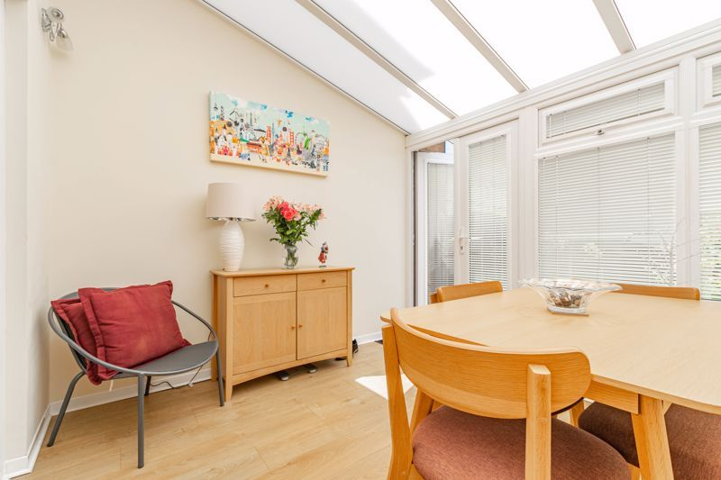 2 bed house for sale in Hoosen Close 7