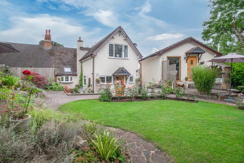 3 bed cottage for sale in Trickses Lane 11