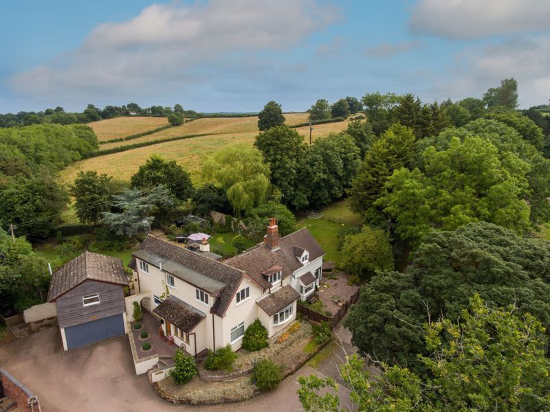 3 bed cottage for sale in Trickses Lane 13
