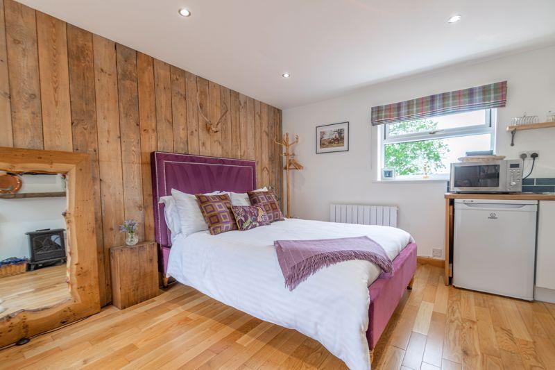 3 bed cottage for sale in Trickses Lane 16