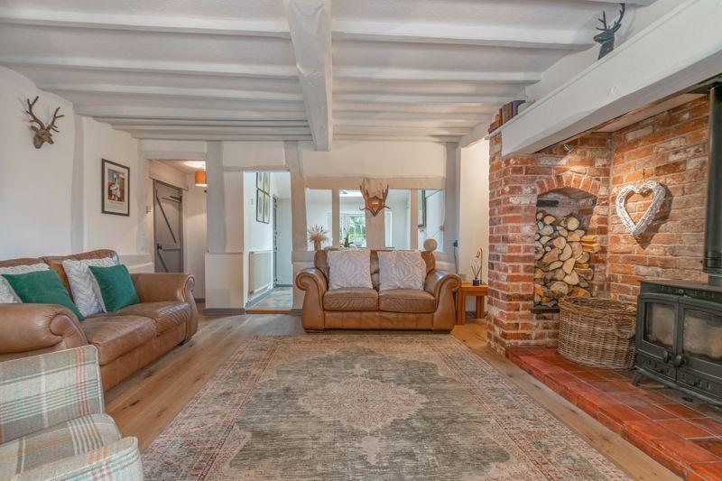 3 bed cottage for sale in Trickses Lane 3