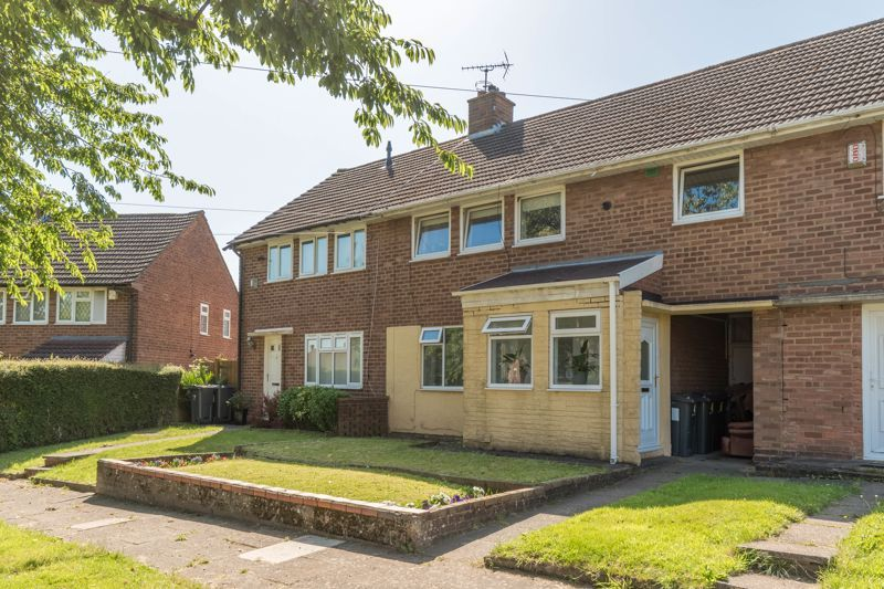 3 bed house for sale in Wychbury Road 1