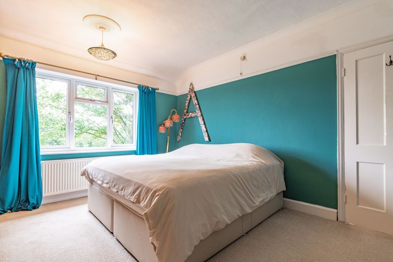 3 bed house for sale in Banners Lane 11