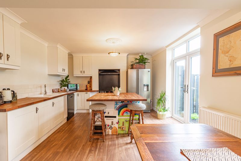 3 bed house for sale in Banners Lane 8
