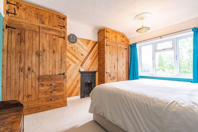 3 bed house for sale in Banners Lane 10