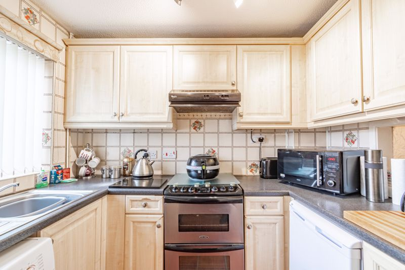 2 bed house for sale in Chantry Drive  - Property Image 2