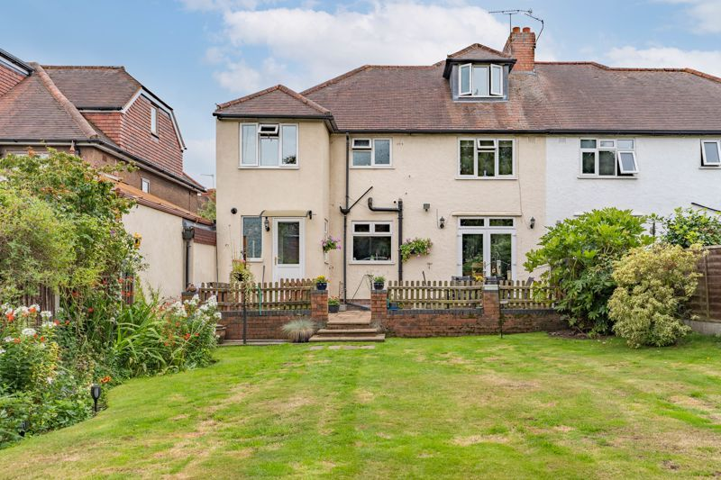 5 bed house for sale in Hanbury Hill 13