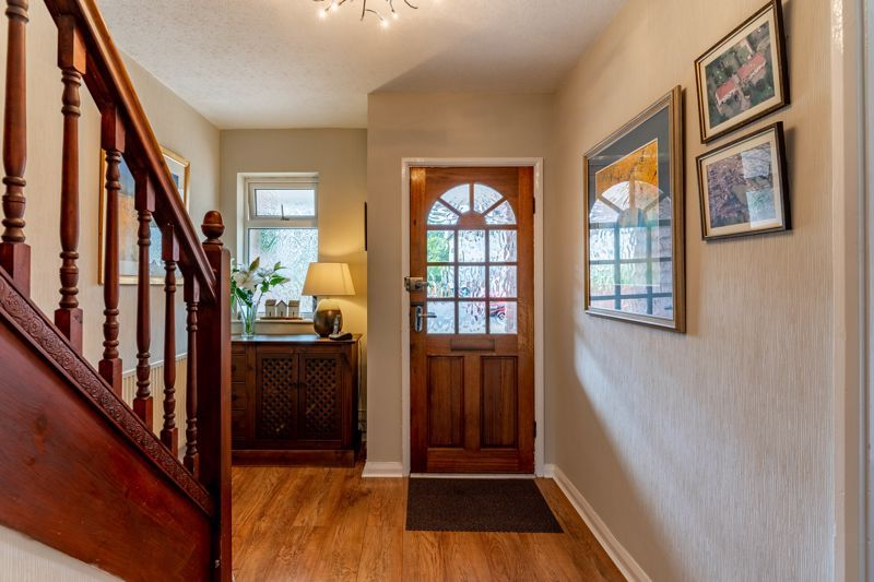 5 bed house for sale in Hanbury Hill 16