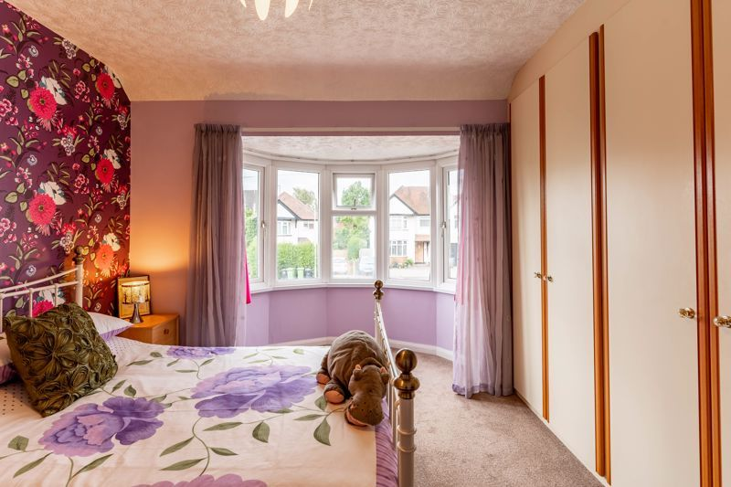 5 bed house for sale in Hanbury Hill 9