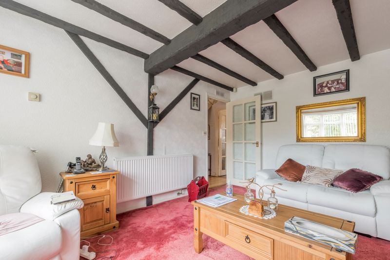 3 bed house for sale in Reedmace Close 2