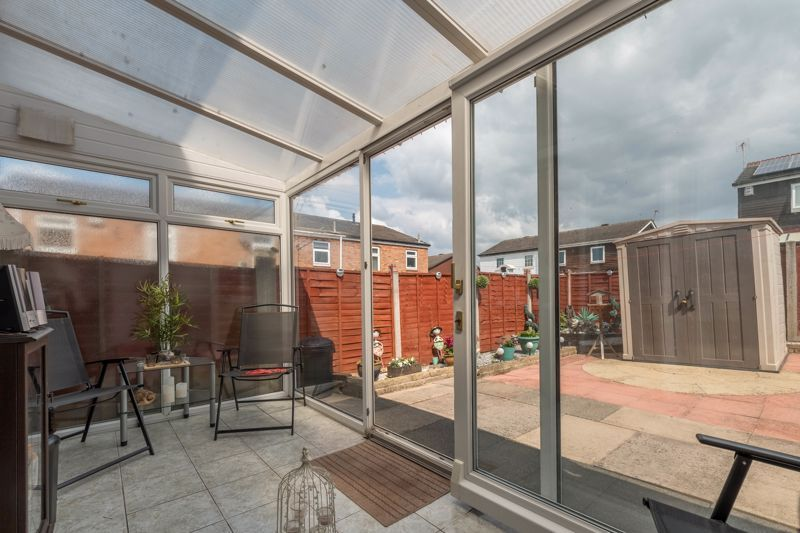 3 bed house for sale in Reedmace Close 12