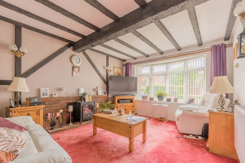 3 bed house for sale in Reedmace Close 3