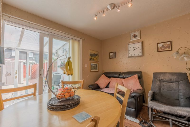 3 bed house for sale in Reedmace Close 6