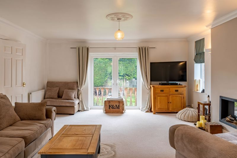 4 bed house for sale in Blakebrook 3