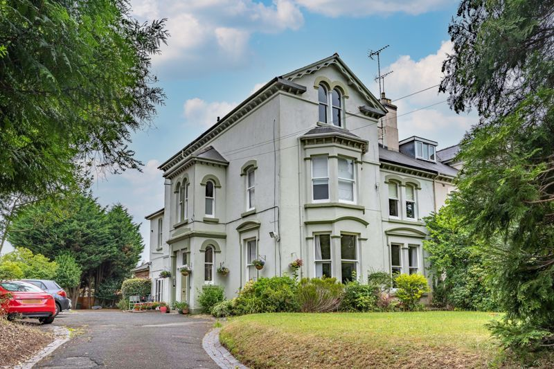 3 bed flat for sale in 262 Hagley Road 1