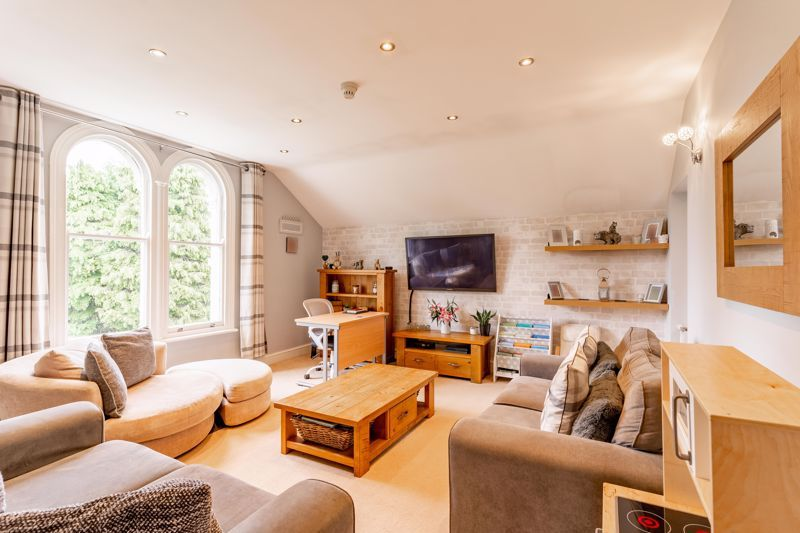 3 bed flat for sale in 262 Hagley Road  - Property Image 3
