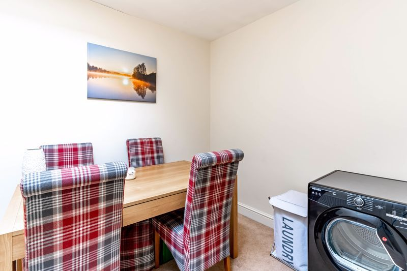 3 bed flat for sale in 262 Hagley Road 8