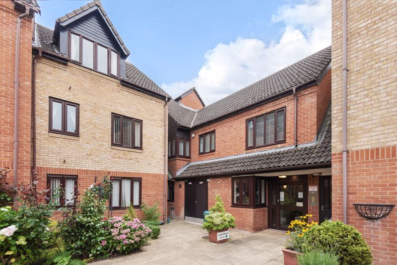 2 bed  for sale in Woodfield Road  - Property Image 1