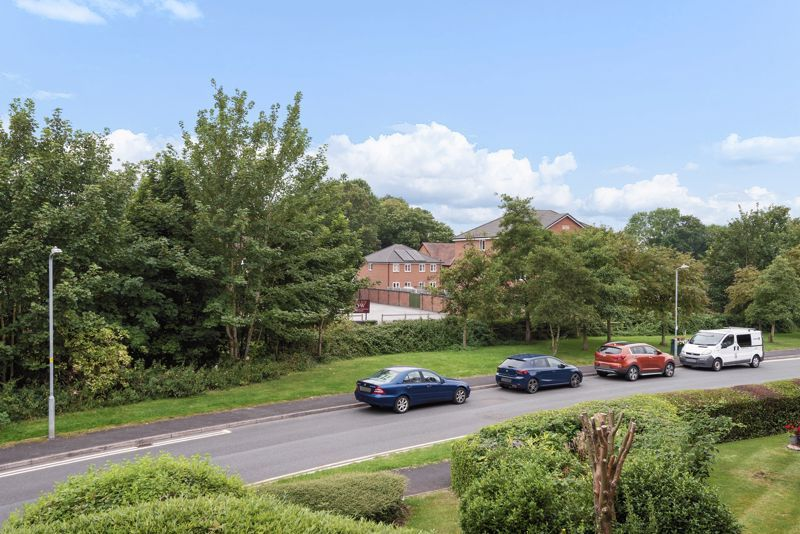 2 bed  for sale in Woodfield Road  - Property Image 12