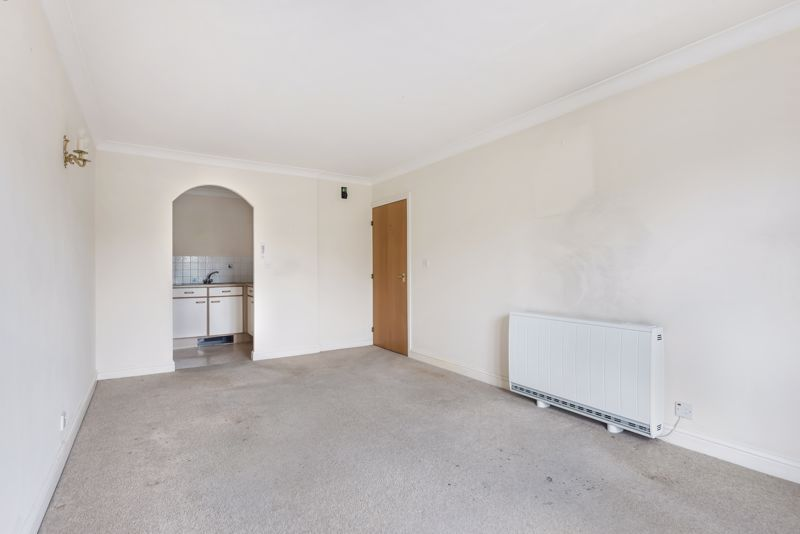 2 bed  for sale in Woodfield Road 4