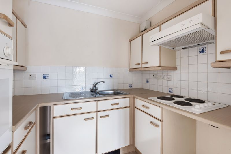 2 bed  for sale in Woodfield Road 5
