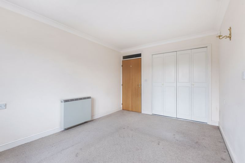 2 bed  for sale in Woodfield Road 7