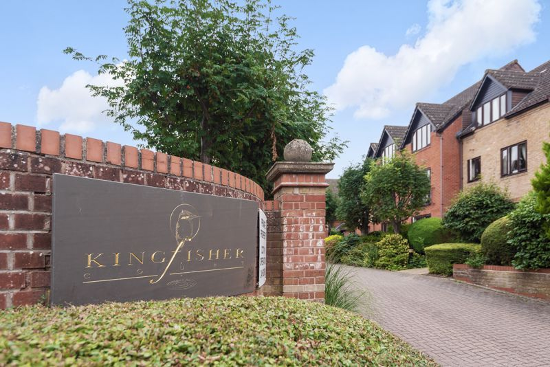 2 bed  for sale in Woodfield Road  - Property Image 9