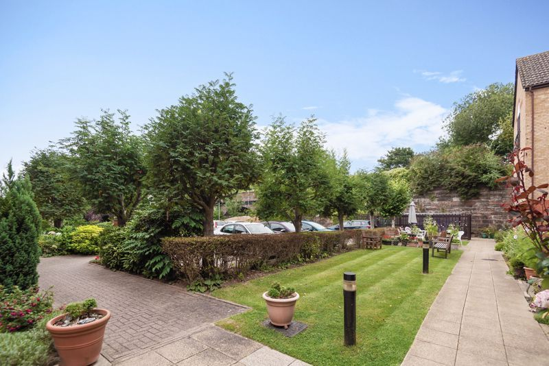 2 bed  for sale in Woodfield Road  - Property Image 10