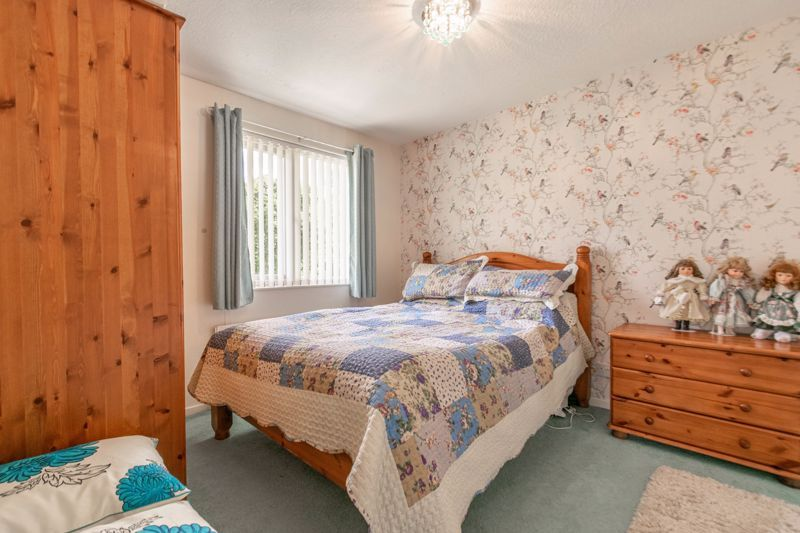 5 bed house for sale in Charlecote Close  - Property Image 12