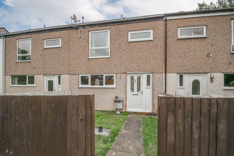 3 bed house for sale in Highland Way 1