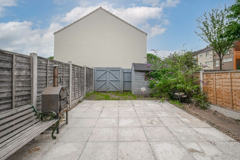 3 bed house for sale in Highland Way  - Property Image 13
