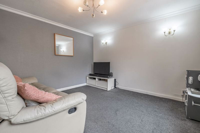 3 bed house for sale in Highland Way 4