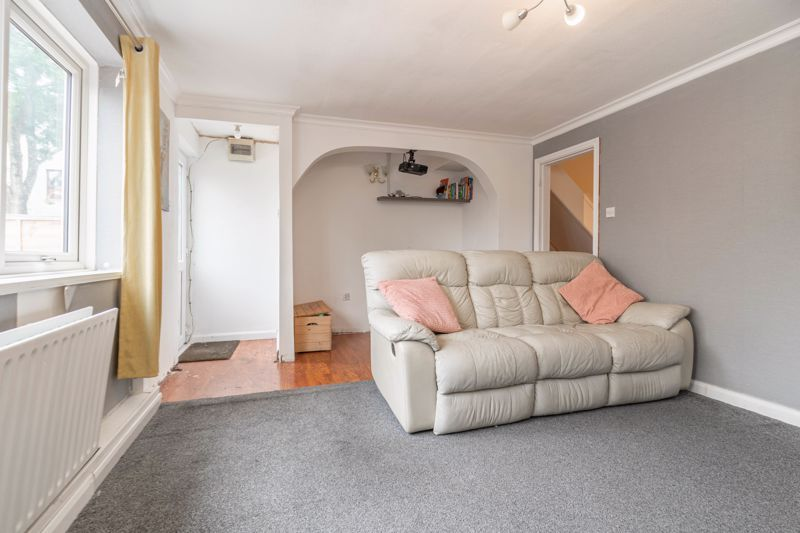 3 bed house for sale in Highland Way 5