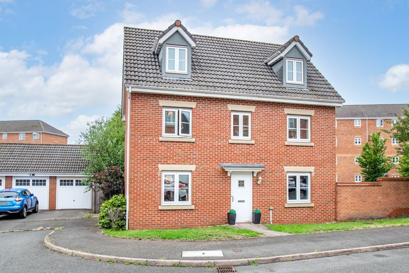 5 bed house for sale in Henzel Croft 1