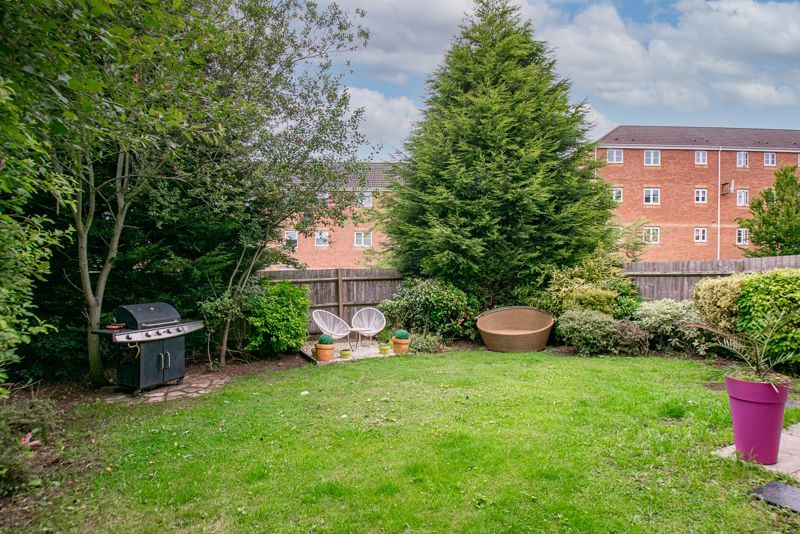 5 bed house for sale in Henzel Croft 13