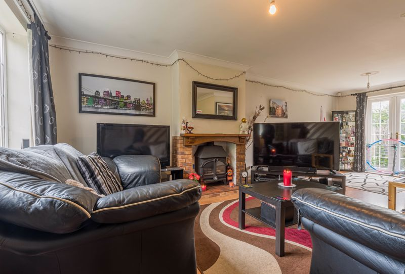 3 bed house for sale in Adams Brook Drive  - Property Image 2