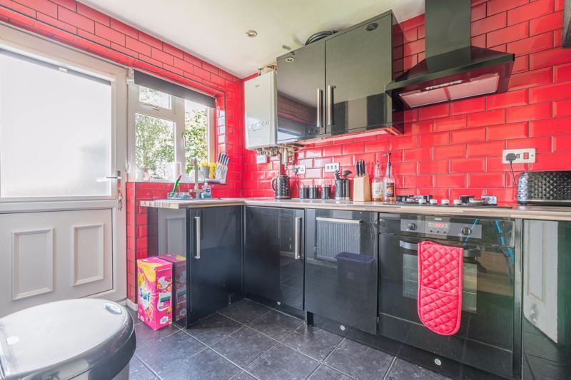 3 bed house for sale in Adams Brook Drive  - Property Image 5