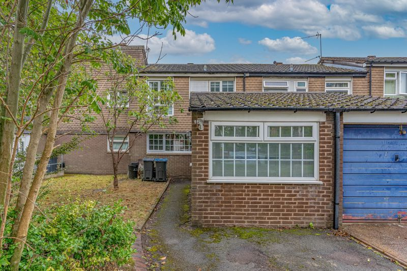 4 bed house for sale in Grizedale Close 1