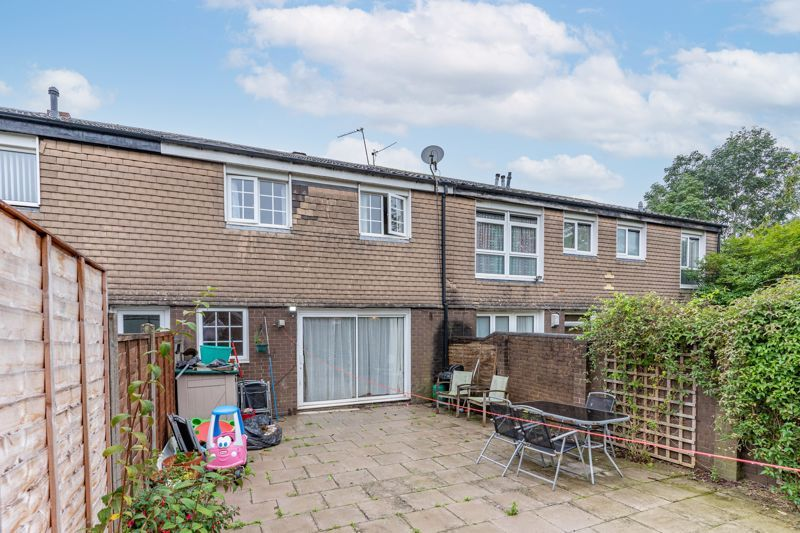 4 bed house for sale in Grizedale Close 11