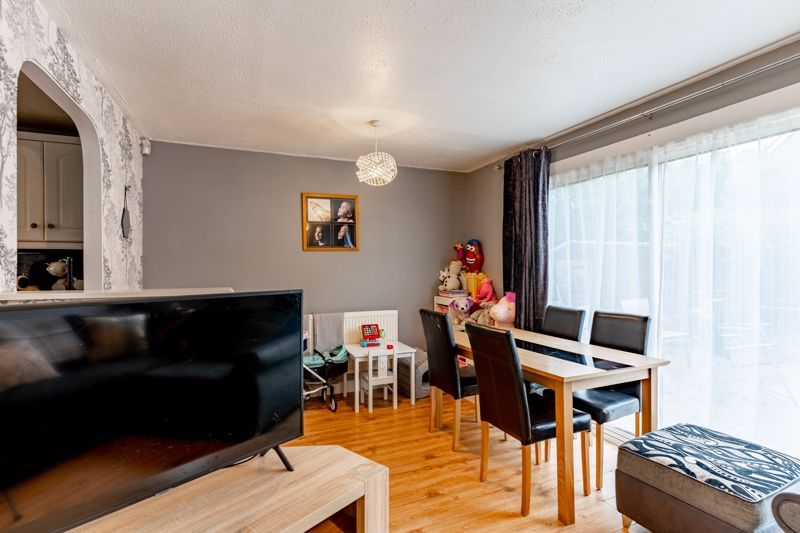 4 bed house for sale in Grizedale Close  - Property Image 3