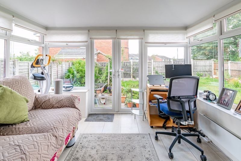 3 bed house for sale in Woodrow Lane 5