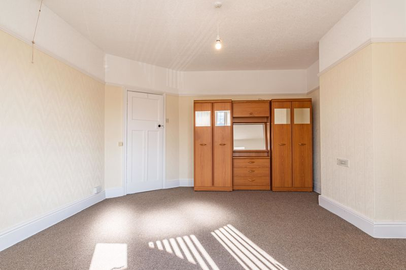 3 bed house for sale in Willow Avenue  - Property Image 12