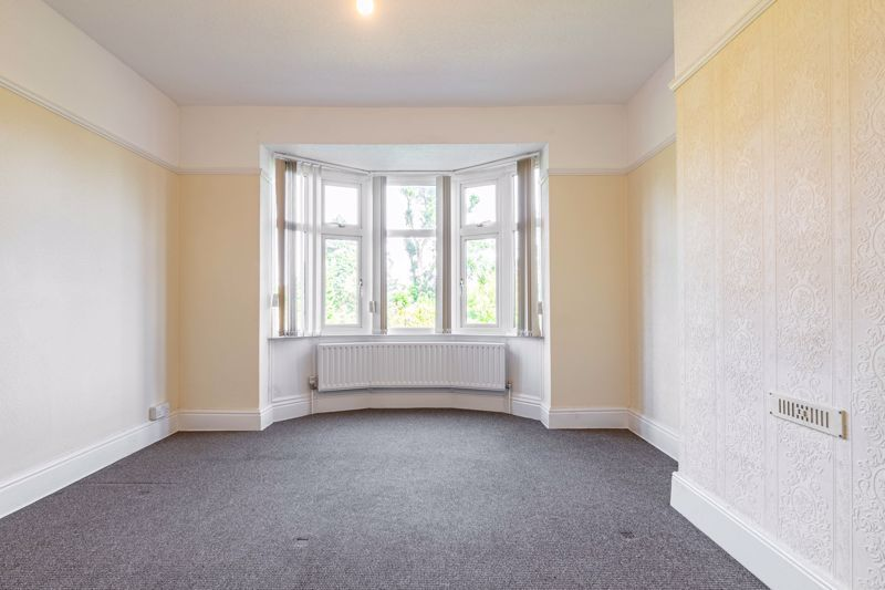 3 bed house for sale in Willow Avenue 13